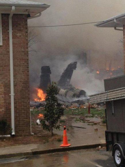 Netoli Virdžinijos Byčo miesto, Virdžinijos valstijoje (JAV), sudužo naikintuvas F-18.
