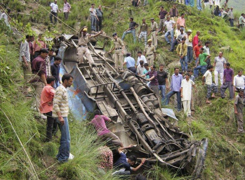 Autobuso katastrofa Indijoje