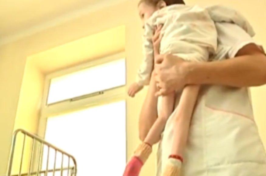 Išsekusi mergaitė, į ligoninę atvežta iš Ventos socialinės globos namų