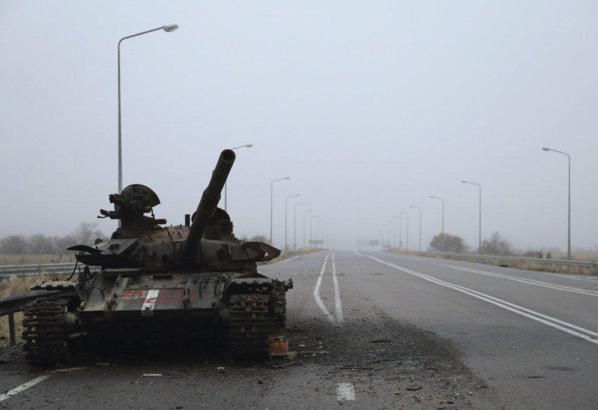Pašautas tankas netoli Luhansko