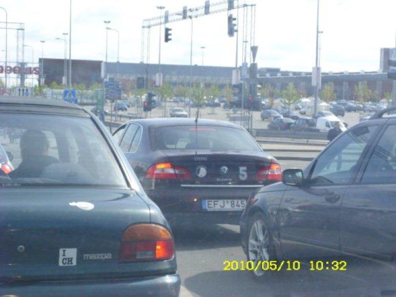 Stepo Babrausko automobilio vairuotojas pažeidžia taisykles