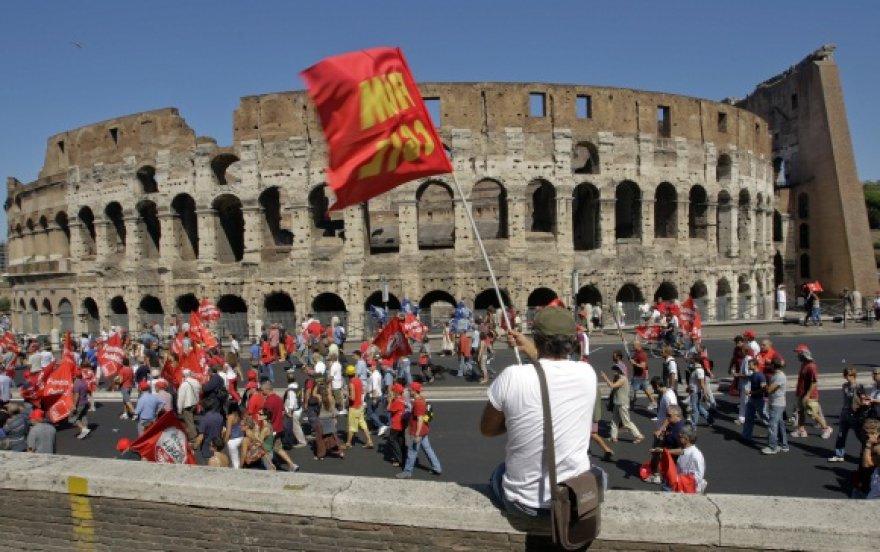 Romoje kilo nauja neramumų banga