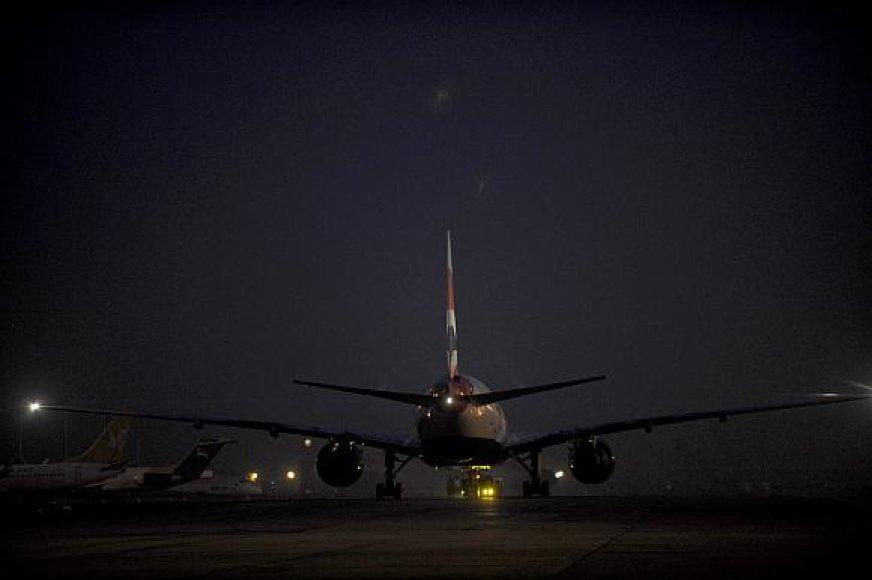 EK ėmėsi tirti, ar kelios aviacijos kompanijos nėra sudariusios kartelinių susitarimų.