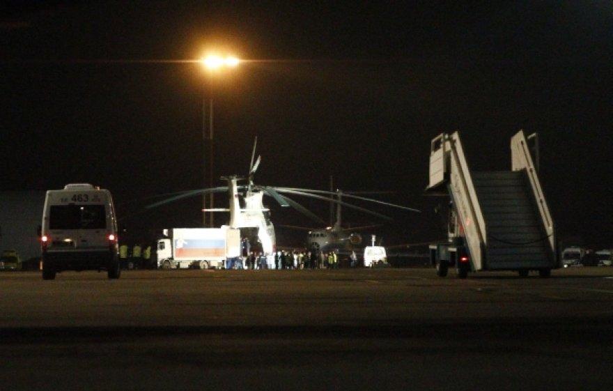 """""""Domodedovo"""" oro uoste leidžiasi sraigtasparniai su žuvusiųjų palaikais."""