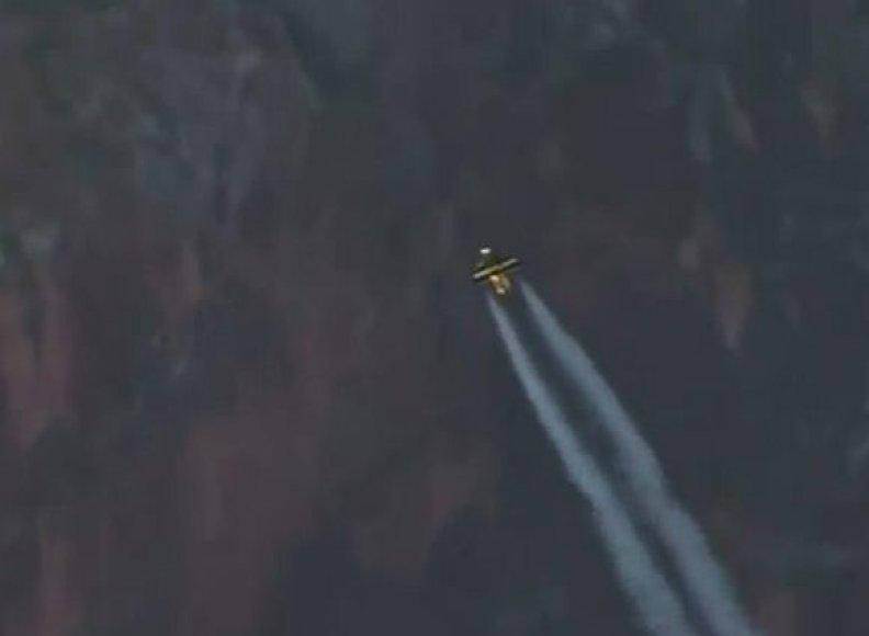Yves'o Rossy skrydis virš Didžiojo Kanjono