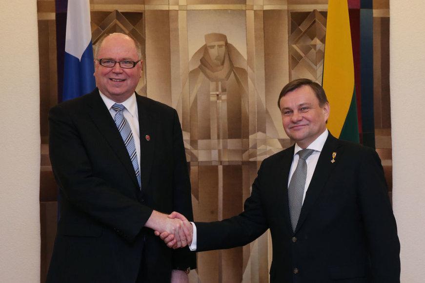 Suomijos Respublikos Eduskuntos Pirmininkas Eras Heineluoma ir Lietuvos Respublikos Seimo Pirmininkas Vydas Gedvilas