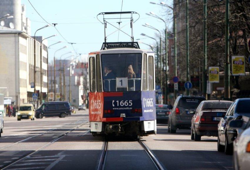 Varšuvos centre susidūrė du tramvajai.