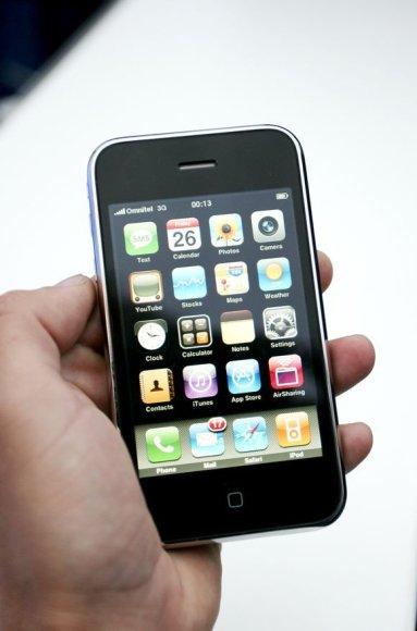 """iPhone 3G""."