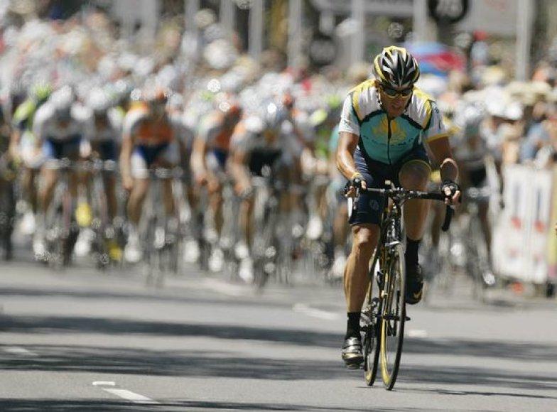 L.Armstrongas Adelaidėje užėmė 29 vietą, bet įgavo pasitikėjimo savo jėgomis.