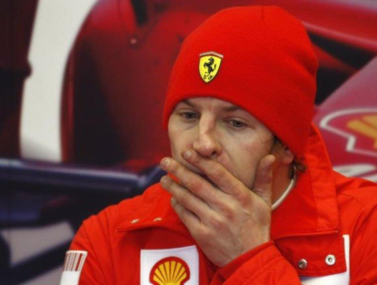K.Raikkonenas per karjerą važiavo 139 lenktynių etapuose ir 57 kartus lipo ant apdovanojimų pakylos.