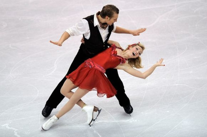 K.Copely ir D.Stagniūnas atlieka originalų šokį.