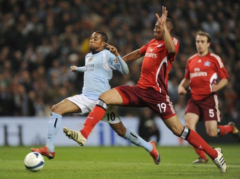 """Robinho ir """"Manchester City"""" pasirodymą UEFA taurėje baigė ketvirtfinalyje."""