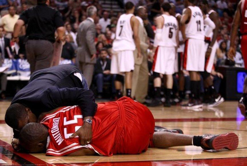 D.Mutombo 18 metų karjera NBA baigta.