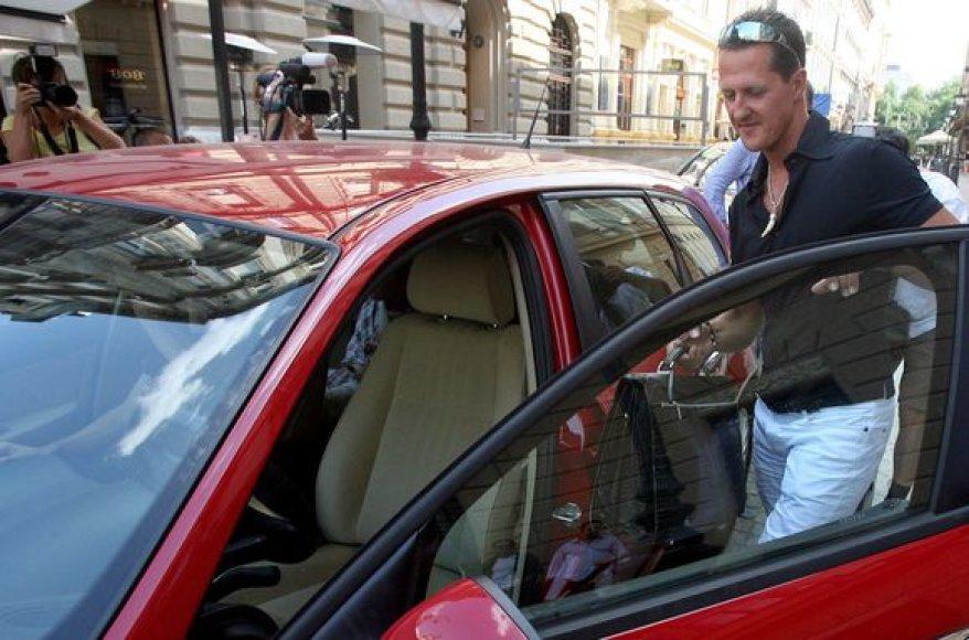 M.Schumacheris per intensyvias treniruotes jau atsikratė trijų kilogramų