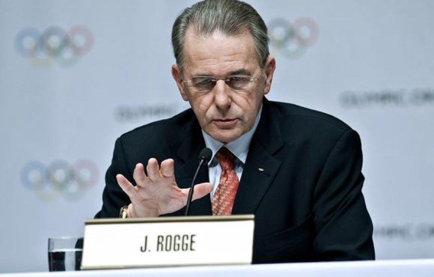 Jacquesas Rogge'as TOK prezidento kėdėje lieka dar vienai kadencijai