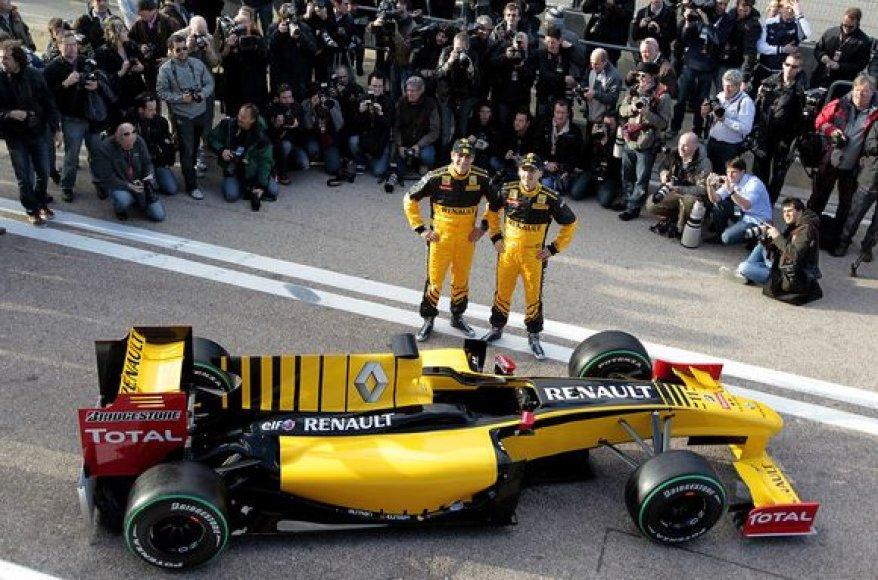 """Pristatytas naujasis """"Renault"""" bolidas"""