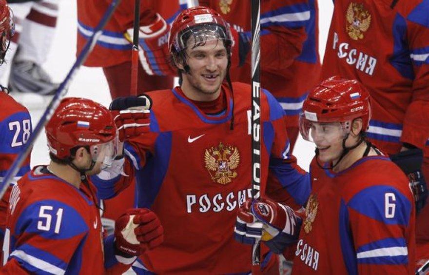 Rusai šventė įtikinamą pergalę