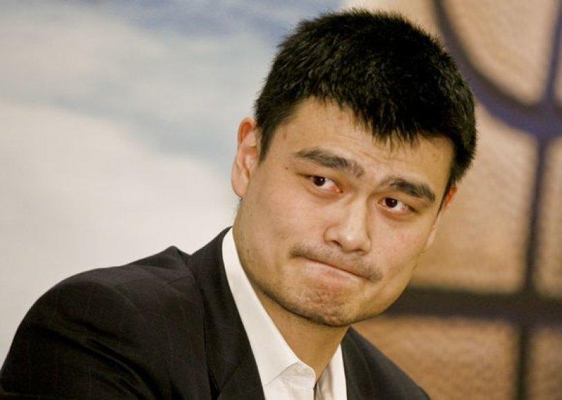 Y.Mingas ir jo būsimo naujagimio pilietybė – aštriausia Kinijos sirgalių tema