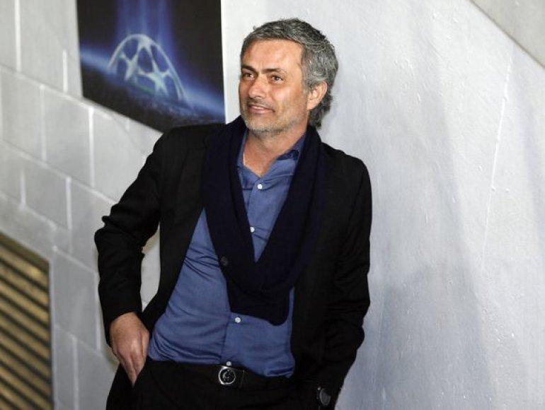 Jose Mourinho šeštadienį laukia istorinis mačas
