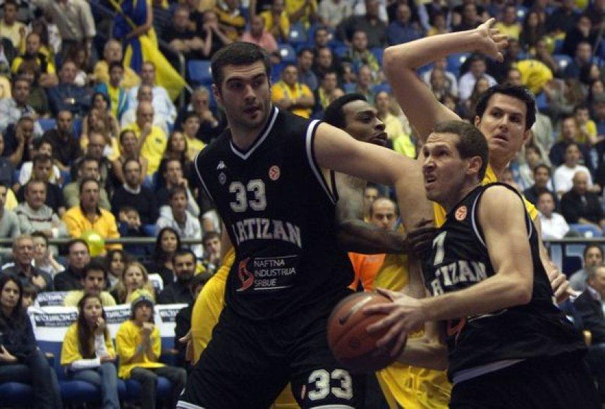 """Serbų komanda išvykoje parklupdė """"Maccabi"""""""