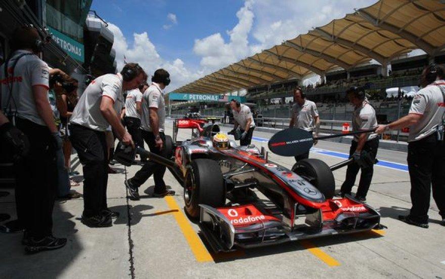 L.Hamiltonas buvo greičiausias pirmoje treniruotėje