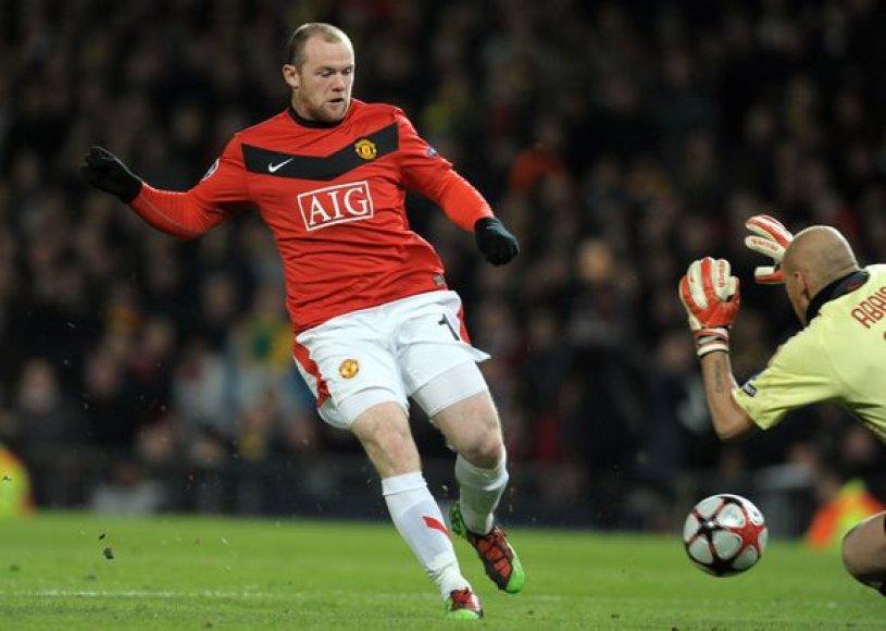 """W.Rooney - didžiausias """"Real"""" taikinys"""
