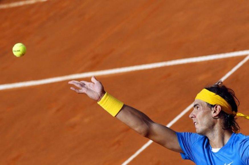 R.Nadalis sutriuškino savo varžovą šešioliktfinalyje