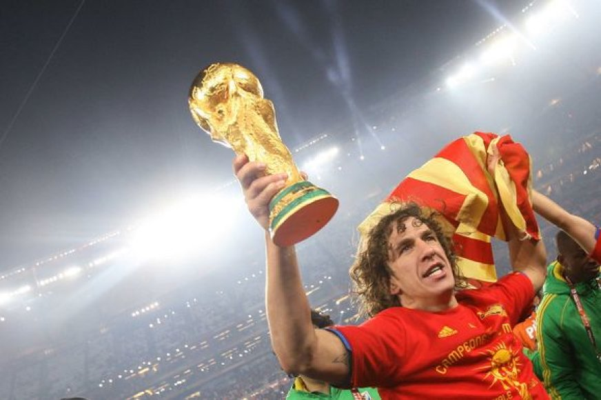 C.Puyolis su Ispanijos rinktine laimėjo ir Europos, ir pasaulio čempionatus