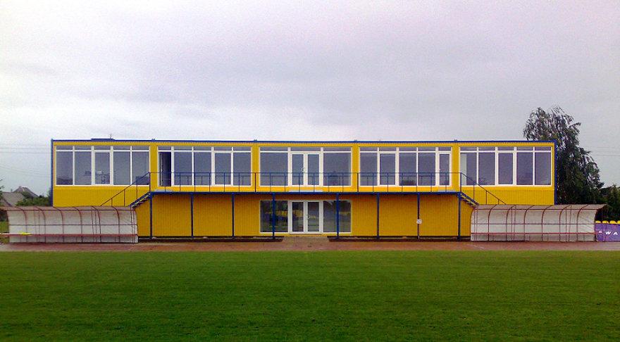 Naujas pastatas Pakruojo miesto stadione.