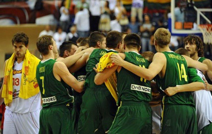 Lietuvos krepšininkai emocijoms nepasidavė