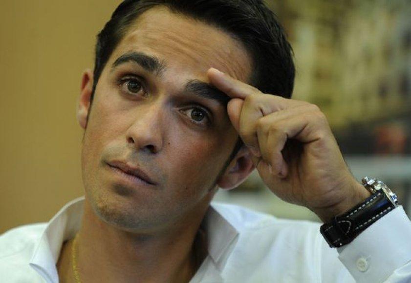 A.Contadoras atsidūrė nepavydėtinoje situacijoje