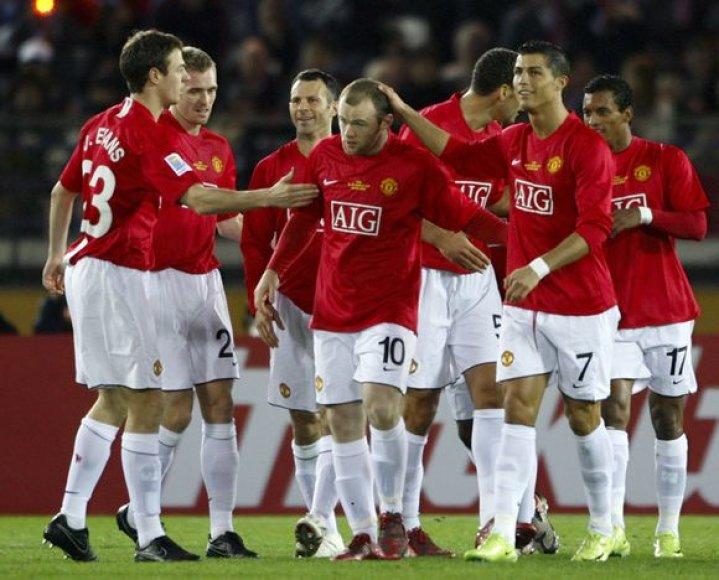"""Titulą ginančių """"Manchester United"""" futbolininkų aštuntfinalyje laukia grėsmingi varžovai."""