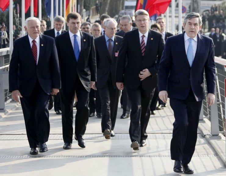 V.Adamkus NATO viršūnių susitikime