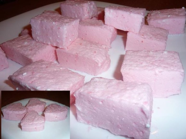 Rožiniai debesėliai