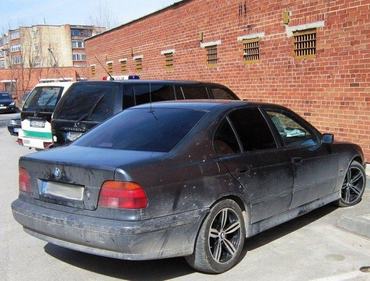 Policijos sulaikytas marihuanos mėgėjų BMW.