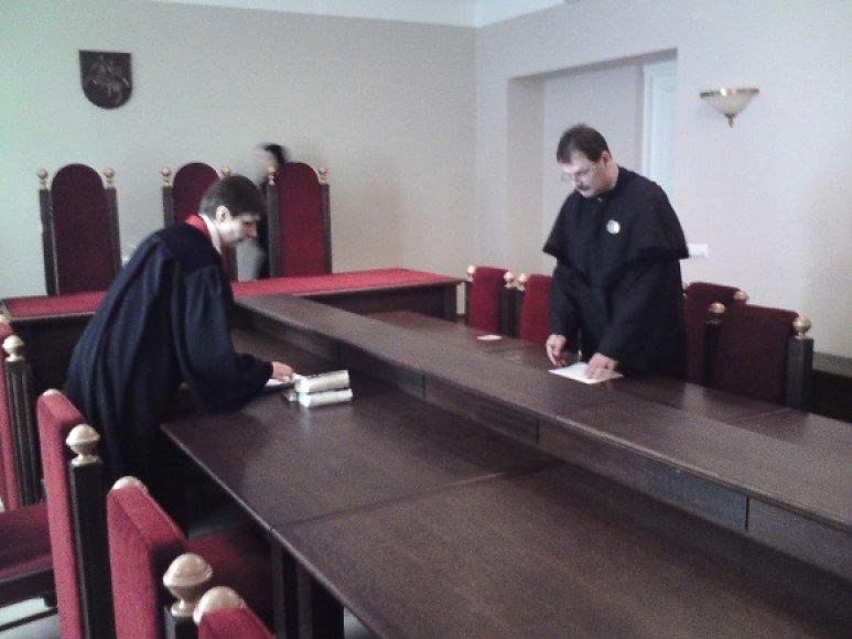 Prokurorė L.Fedotovą reikalavo žudiką tebekalinti, o advokatas G.Petukauskas ragino paleisti.