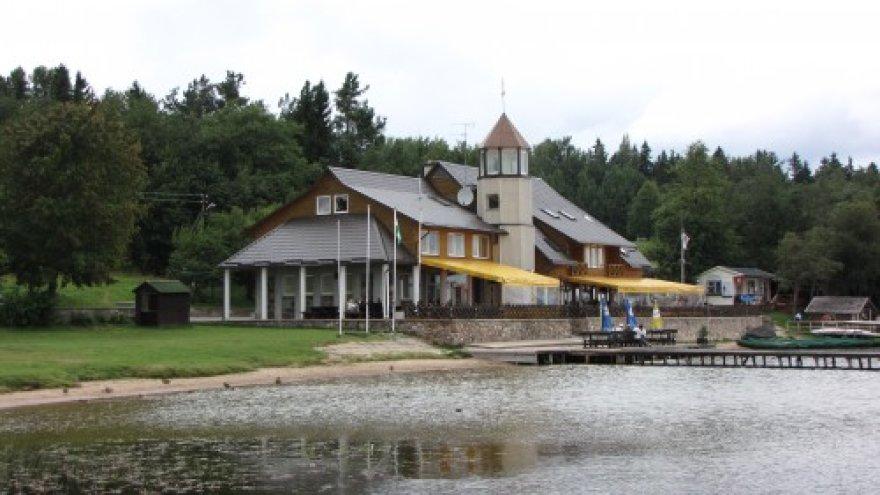 Platelių jachtklubo bazė