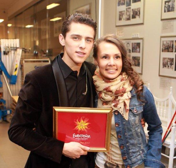 Donatas Montvydas su drauge Veronika Brasaite