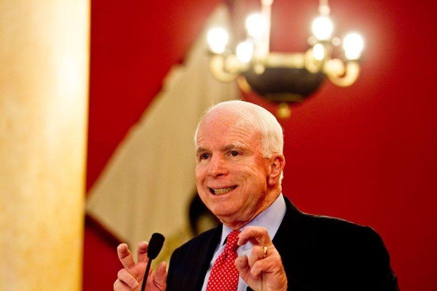 Lietuvoje vieši JAV senatorius J.McCainas