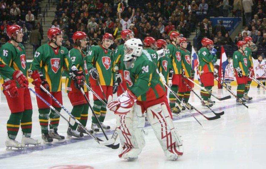 Pasaulio ledo ritulio I diviziono A grupės čempionate Lietuvos ledo ritulininkai 1:5 pralaimėjo Kazachstano rinktinei.