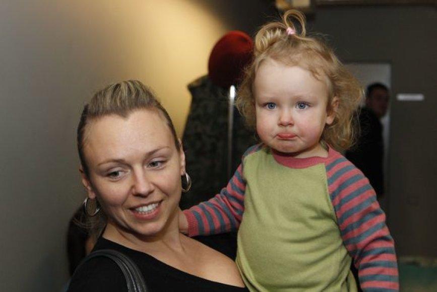 Violeta Tarasovienė su dukrele Gabriele