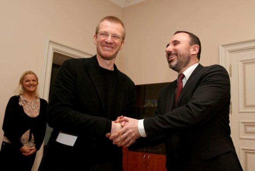 Nacionalinio dramos teatro vadovas Martynas Budraitis ir kultūros ministras Arūnas Gelūnas