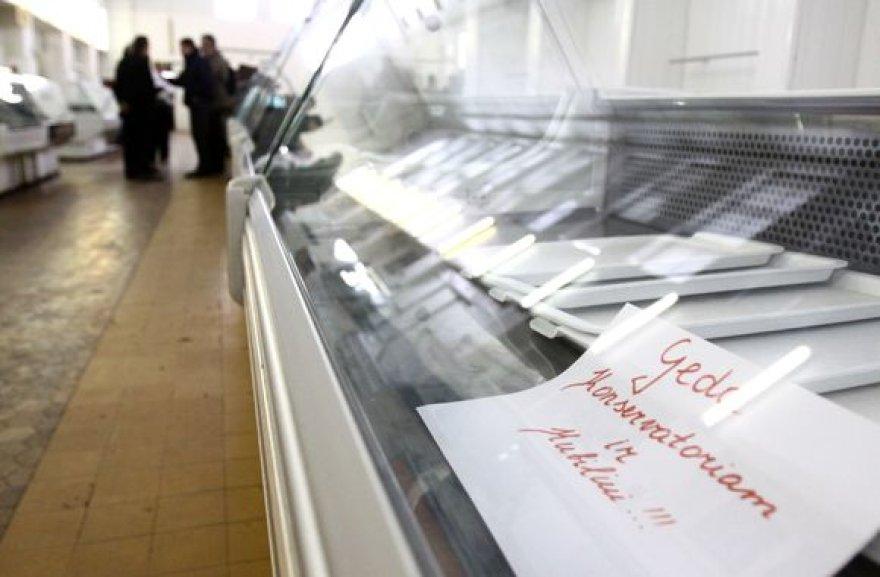 Tušti prekystaliai Vilniaus turguose