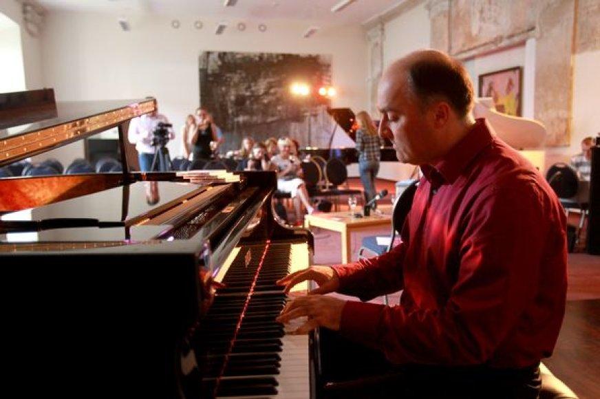 Pianistas Artūras Anusauskas