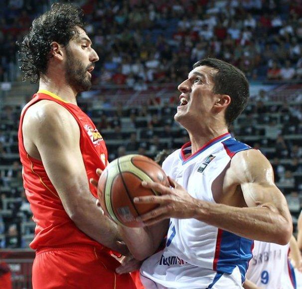 Serbų ir ispanų dvikovos akimirka