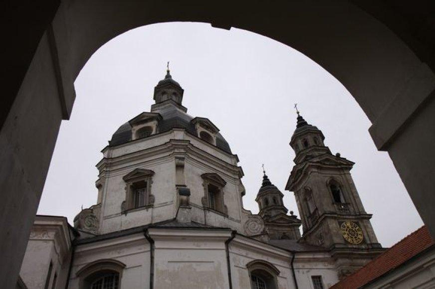 Pažaislio kamaldulių vienuolyno ansamblis pastatytas XVII-XVIII a. yra laikomas vienu gražiausių brandžiojo baroko pavyzdžių Šiaurės ir Rytų Europoje.
