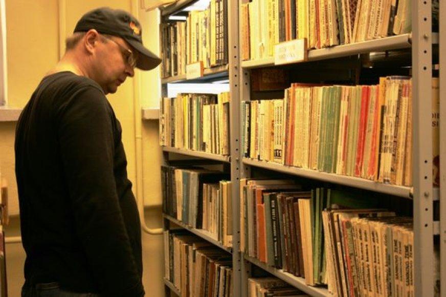 Pirmąją išpardavimo dieną, per pusdienį bibliotekoje parduota apie 50 knygų.