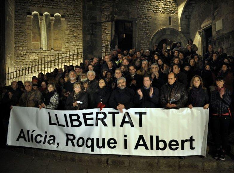 Protestuotojai Barselonoje reikalauja paleisti įkaitus