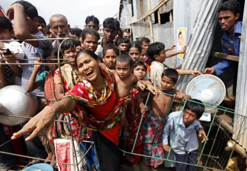 Bangladeše sugriuvo namas