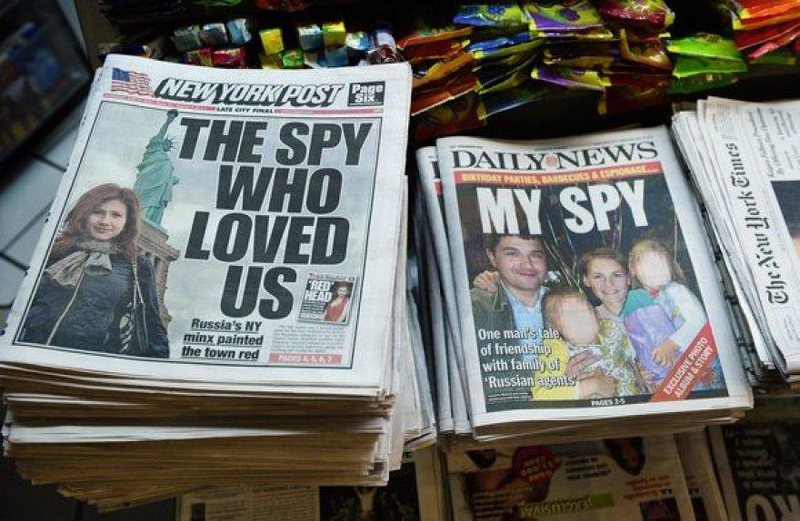Žiniasklaidoje ši šnipų istorija atspindima itin plačiai